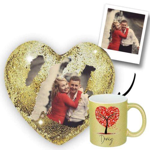 Fotoğrafından Sihirli Altın Rengi Kalp Yastık ve Altın Rengi Simli Kupa Bardak